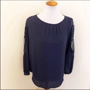 NWT Chicos navy embroidered peasant top 0/4